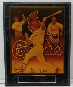 N) Vintage Mark McGwire St. Louis Cardinals Wall Plaque