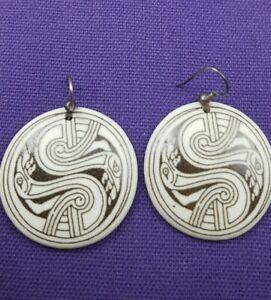 Ceramic/ Pottery Black & White Crane Bird Design Round Earring