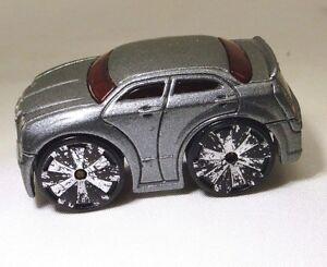 Hot Wheels Chrysler 300 Voiture Miniature