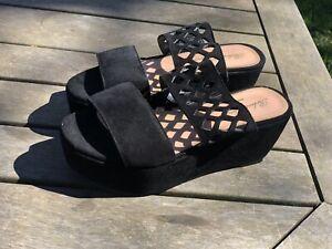 Robert Clergerie Paris Black Suede Wedge Slides Made In France 37.5 AUS 7