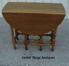 61080 Antique Mahogany Gateleg Dropleaf Dining Table with Drawer