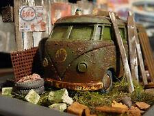 VW Bus T1 Transporter der U.S Army Bj.1960 - Scheunenfund Diorama Maßstab 1:43