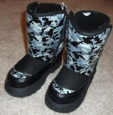 BOYS CHILD SIZE 9-10 INSULATED BLACK CAMO WINTER SNOW BOOTS - BRAND NEW!