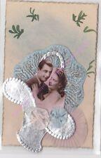 CPA FANTAISIE Couple panier argenté ruban rose bleu ca1945