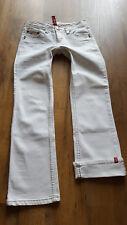 EDC by Esprit weiße 7/8 Jeans, Größe  32, Model Five