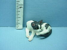 Miniature Clean Cat- #A3098Bw Falcon Miniatures 1/12th Scale Resin