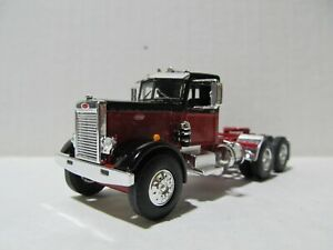 FIRST GEAR 1/64 SCALE  PETERBILT 351 DAY CAB, RED & BLACK (SAME SCALE AS DCP)