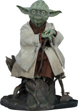 STAR WARS Yoda Legendary Scale Figure by Sideshow Collectibles Statue