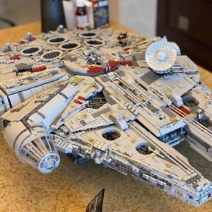 75192 Star Wars Millennium Falcon 8445 Pieces Building Kit and Starship