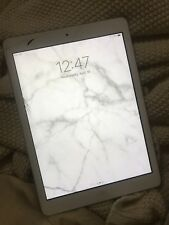 Ipad Air White 16GB - Fully working