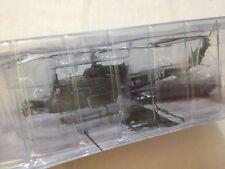 Bell UH-1B Huey - US Army - Scala 1:72 Die Cast - RunSun - Nuovo
