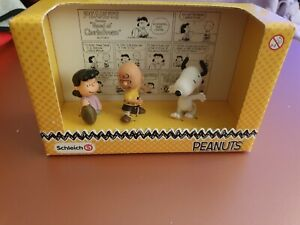 Peanuts Snoopy Charlie And Lucy Bnib Schleich figures