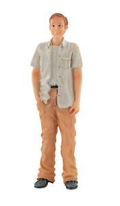DOLLS HOUSE DOLL 1/12th SCALE MODERN STANDING MAN  RESIN  FIGURE