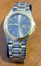 Vintage mens SEIKO 7N43-6A09 day date two tone quartz wristwatch, runs good, 5J