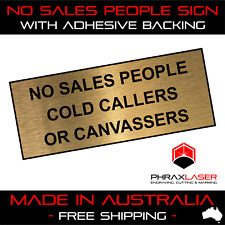 NO SALES PEOPLE COLD CALLERS CANVASSERS - GOLD SIGN - LABEL - PLAQUE 10CMX4CM