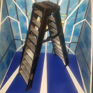 Ultimate Ladder (Black) - RSC - Accessories for WWE Wrestling Figures