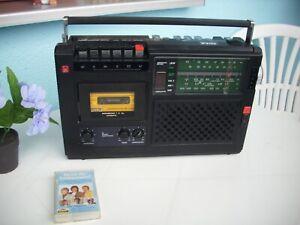 RFT - Radio - Recorder R 4100 - DDR -Top !