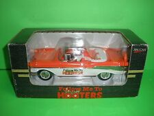 HOOTERS / 1957 CHEVY Bel-Air Convertible 1:25 Spec Cast  Die Liberty Classics