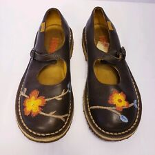 Camper Women's Sz Euro 36 U.S. 6 Slip-On Flat Shoe Floral Embroidered Leather.