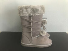 BNWT Ladies girl Sz 7 Rivers Doghouse Long Mock Fur Trim Grey Long Slipper Boots