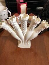 Williamsburg Wedgwood Tulip Vase