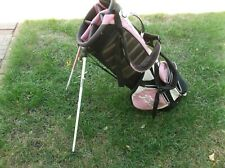 ladies Titleist Lite Weight Carry Golf Bag GREAT Condition. FREE SHIPPING