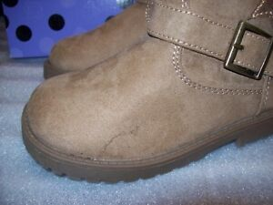 GIRL'S OKIE DOKIE HARTE ZIP BOOTS WITH FASHION BUCKLE MULTIPLE SIZES NEW / BOX