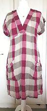 La comprobación de mezcla de lino Masai Clothing Company Vestido Talla M