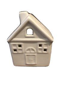 IVORY HOUSE TEALIGHT CANDLE HOLDER