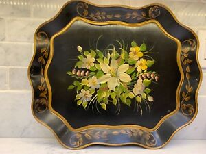 VINTAGE TOLEWARE PAINTED TRAY