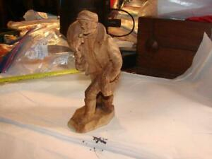 1800s ANTIQUE WHALING CARVED SAILOR W/DITTY BAG SHIP OUT TO SEA MARITIME SEA
