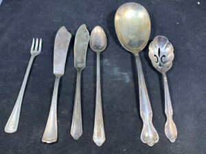 William Rogers Silverplate Flatware. 6 pieces, Different patterns