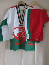 TAE KWON DO WELSH FLAG SUIT 2013 WORLD CHAMPIONSHIP NEW WITH TAGS SIZE 6 LARGE