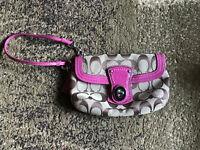 COACH Signature C Logo Zip Wristlet Jacquard Wallet Brown Pink Pouch Purse