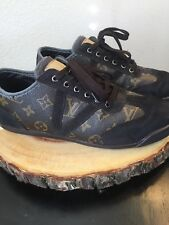 LOUIS VUITTON men LV monogram canvas sneakers shoes | Size 9 | Suede Leather