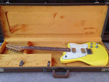 2001 Fender Toronado - Graffiti Yellow w/ HSC
