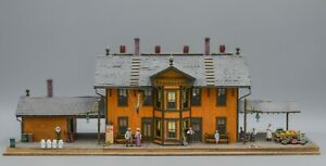 Victorian Train Station - HO Scale (Laser Cut) - Professionally Built