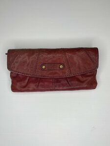 fossil Leather wallet Trifold  Plum Colour