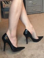 *BLacK LeATheR Size 7 Pointy Toe CARRIE Stilettos High Heels PUMP GuESS Spike