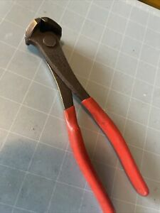 """Snap On Red Rubber Grip 7"""" End Cutters / Nippers 17CP"""