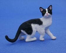 Miniature Dollhouse Black And White Cat Looking Sideways 1:12 Scale New