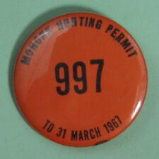 1967 New Paltz New York Hononk Hunting Permit License Pinback Button
