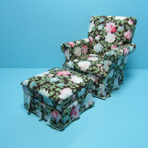 Dollhouse Miniature Living Room Club Chair And Ottoman in Rose Floral T3571