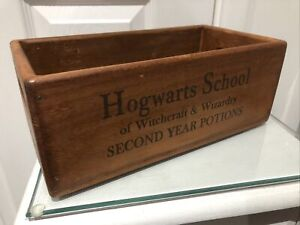 26cm  Rustic Vintage Style Box Hogwarts