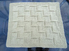 Easy knitting pattern baby blanket Stepping Up super chunky
