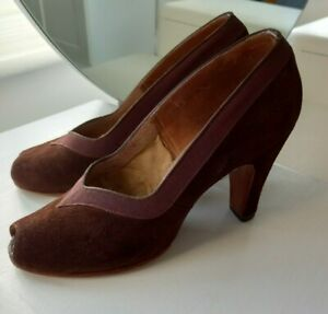 Vintage Rayne Suede Shoes, Size 4, 30s 40s 50s style