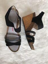 Ladies NWOB Tsubo Nilanti Black Ankle Strap Woven Wedge Sandals Size 9