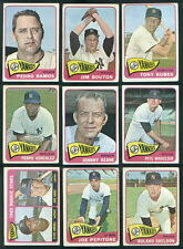 (4037) 1965 Topps 24 Card Team Lot Yankees-VEX All cards scanned front and back