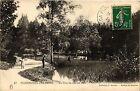 CPA PLOMBIERES-les-BAINS Un coin du Lac du parc (406351)