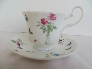 Roy Kirkham  Nina Campbell  Perroquet Tea Cup & Saucer England Fine Bone China